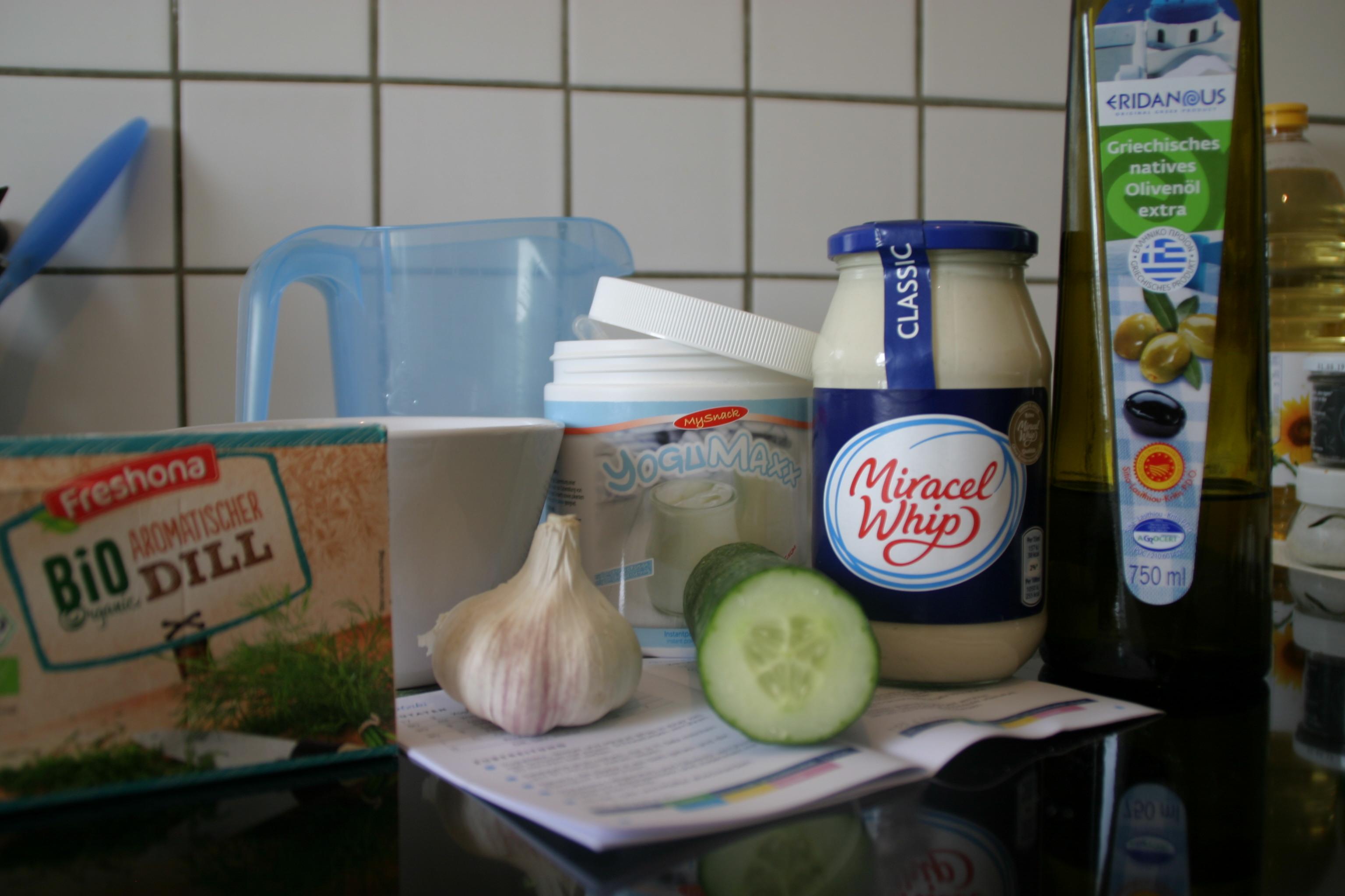 yogumaxx ohne reue joghurt schlemmen plus tzatziki rezept. Black Bedroom Furniture Sets. Home Design Ideas
